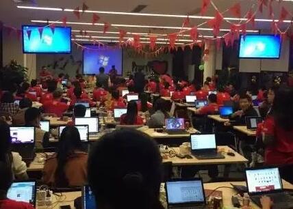 香港清關公司工作場景