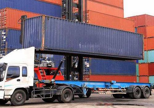 國際貨物到達港口裝卸