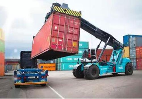 国际物流货物进口到香港码头装卸