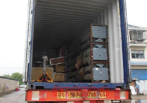 進口機械擺放整齊提供準確裝箱清單
