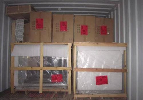 中國到泰國貨代安排貨物裝車