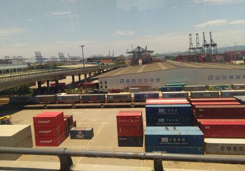 香港進口深圳貨物在鹽田港口裝卸