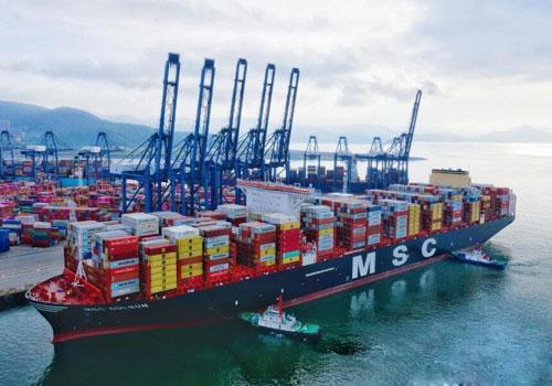 港口進出口貿易繁榮景象